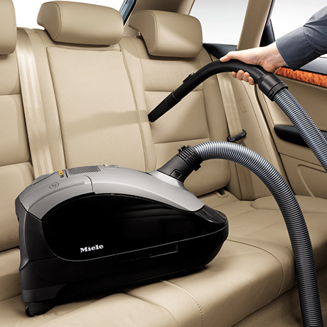 aruba auto news cleaning your car 39 s interior. Black Bedroom Furniture Sets. Home Design Ideas